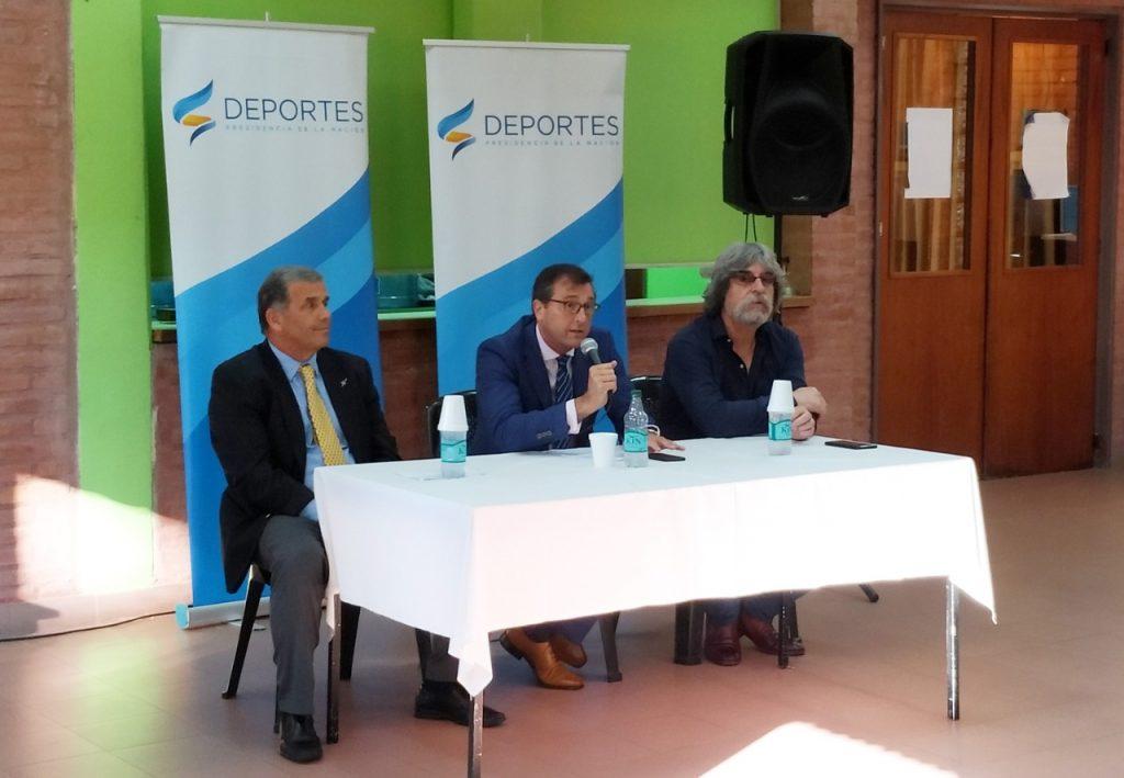 Photo of Una charla deportiva con eje en las Islas Malvinas