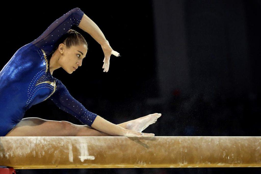 Photo of Ayelén Tarabini: la gimnasta repleta de logros que no pudo ser olímpica